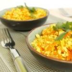 """Tofu """"mexido"""" com salada e gelatina de fruta - uma ideia de refeição rápida, leve e saudável, para aproveitares melhor as tuas férias!"""