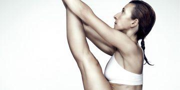 Sentes aquela vontade de fazer a tua Sequência de yoga em casa? Neste vídeo encontras uma sequência de yoga de 30 minutos.